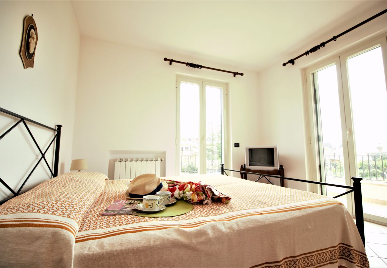 Villa in Sperlonga - more comfort more space and more privacy for a comfortable holiday