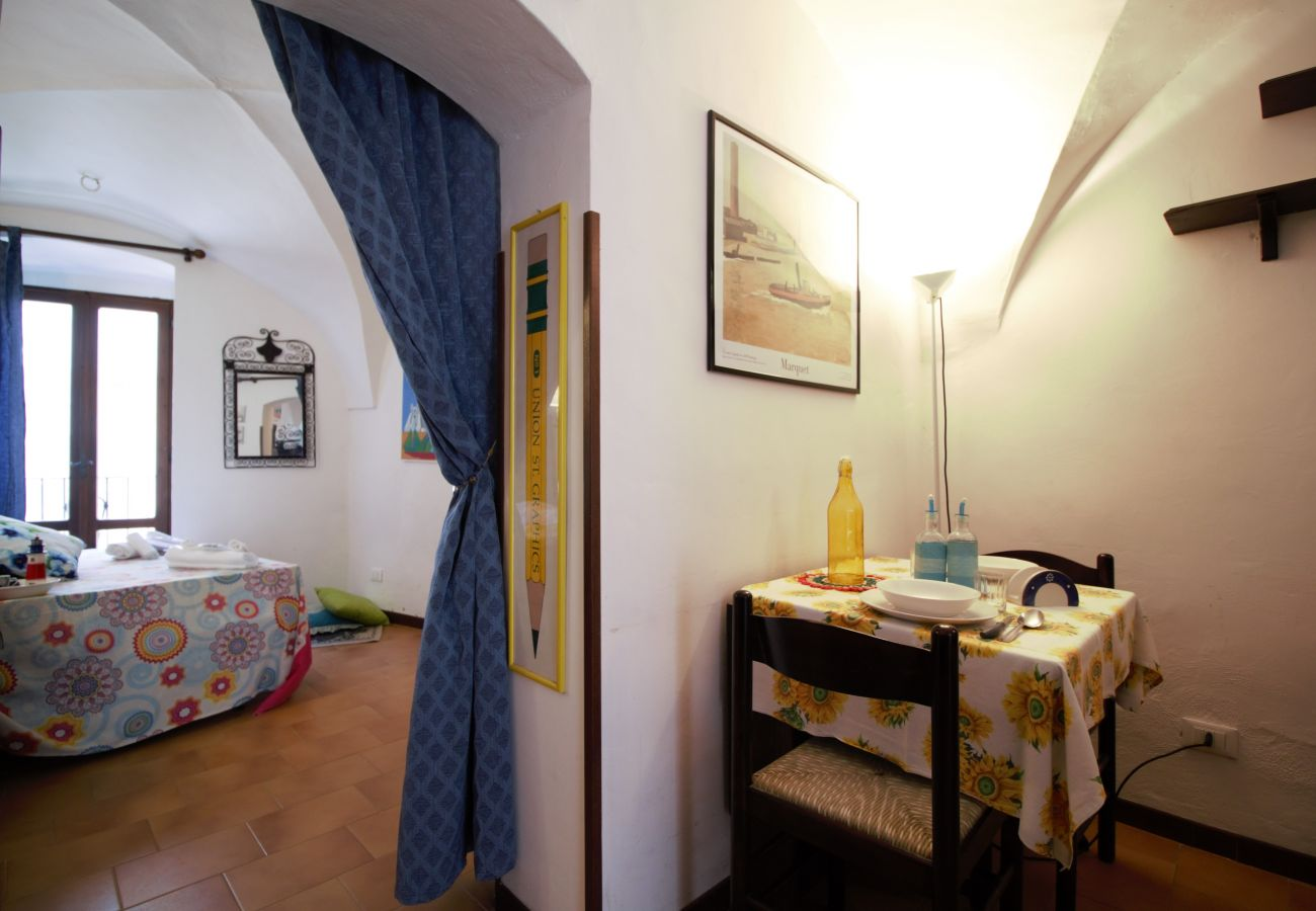 Apartment in Sperlonga - Among the alleys of the ancient village