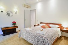 Apartment in Rome - Family Mod Apartment Terme di Caracalla (FAO)