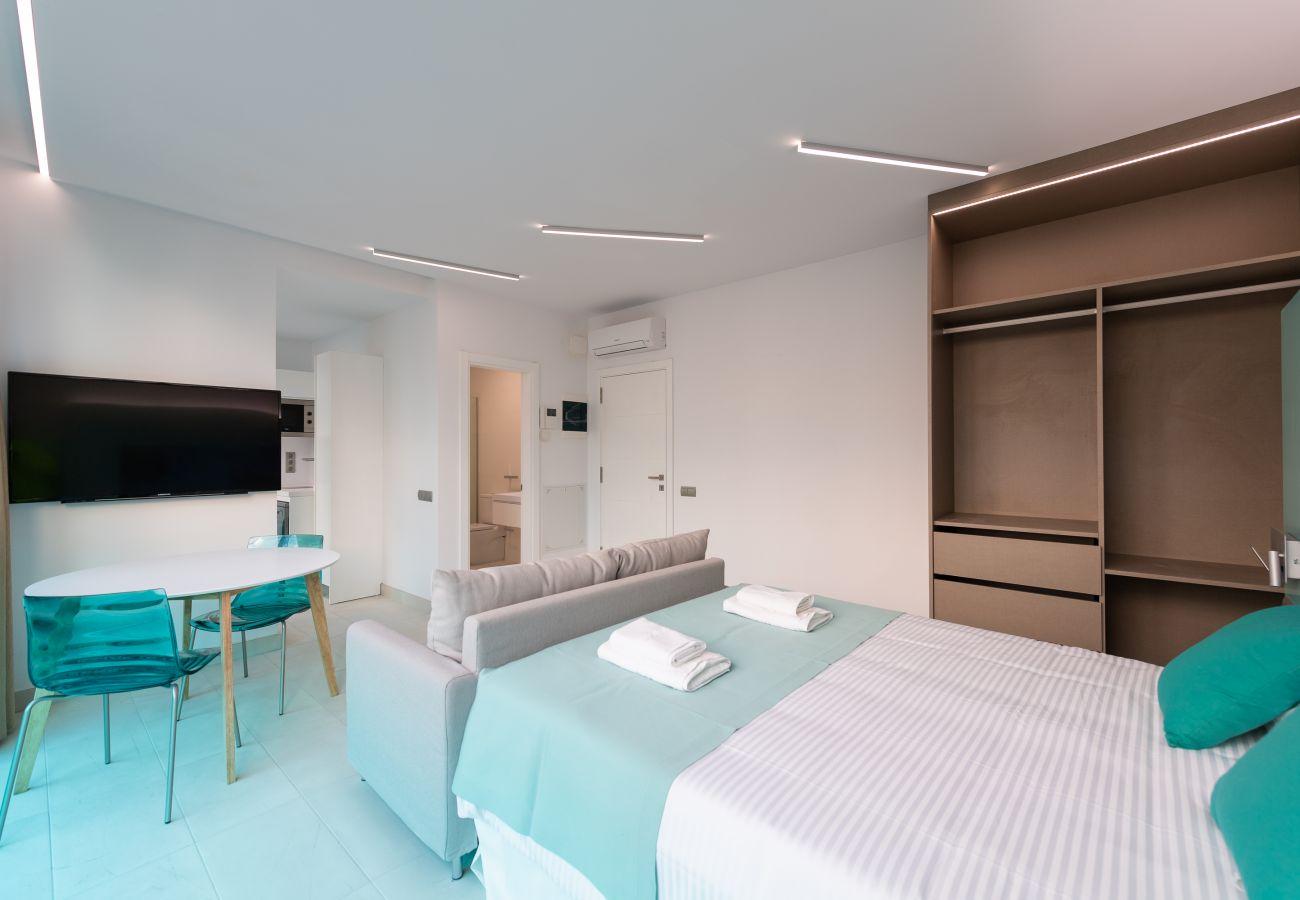 Apartment in Las Palmas de Gran Canaria - Edison 402 by CanariasGetaway