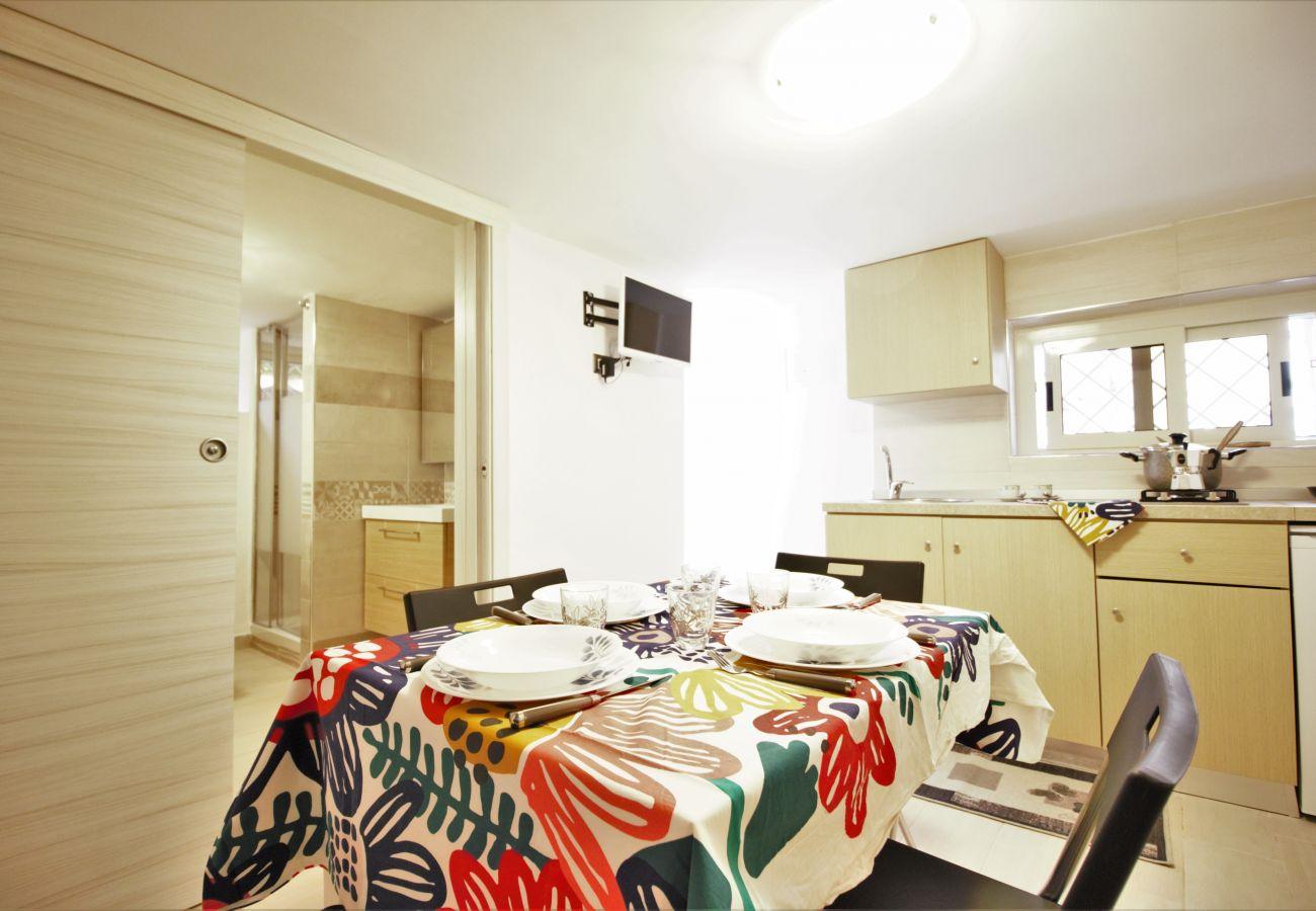 Apartment in Sperlonga - small apartment near the sea