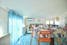 Apartment in Sperlonga - Characteristic attic in the center of Sperlonga
