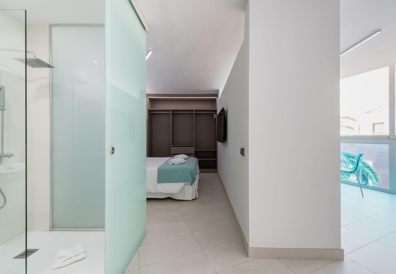 Apartment in Las Palmas de Gran Canaria - Edison Building 201 By CanariasGetaway
